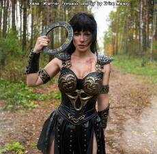 awesome xena costume